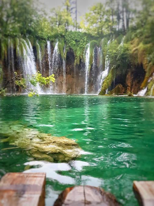 plitvice green lake.jpeg