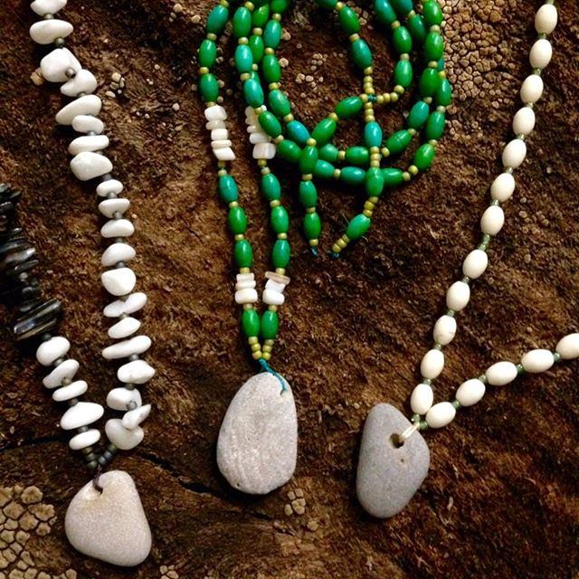 Who is ready for some WARM 🌞 ?! We are! Come hang out with us for the Feelin' Beachy Stone Necklace Workshop! 🌊  Taking place in our Community Room on Tuesday, Feb. 26 from 11a-1p. There is still time to register online: http://ow.ly/NeAi50kIXK7 We hope to see you there!