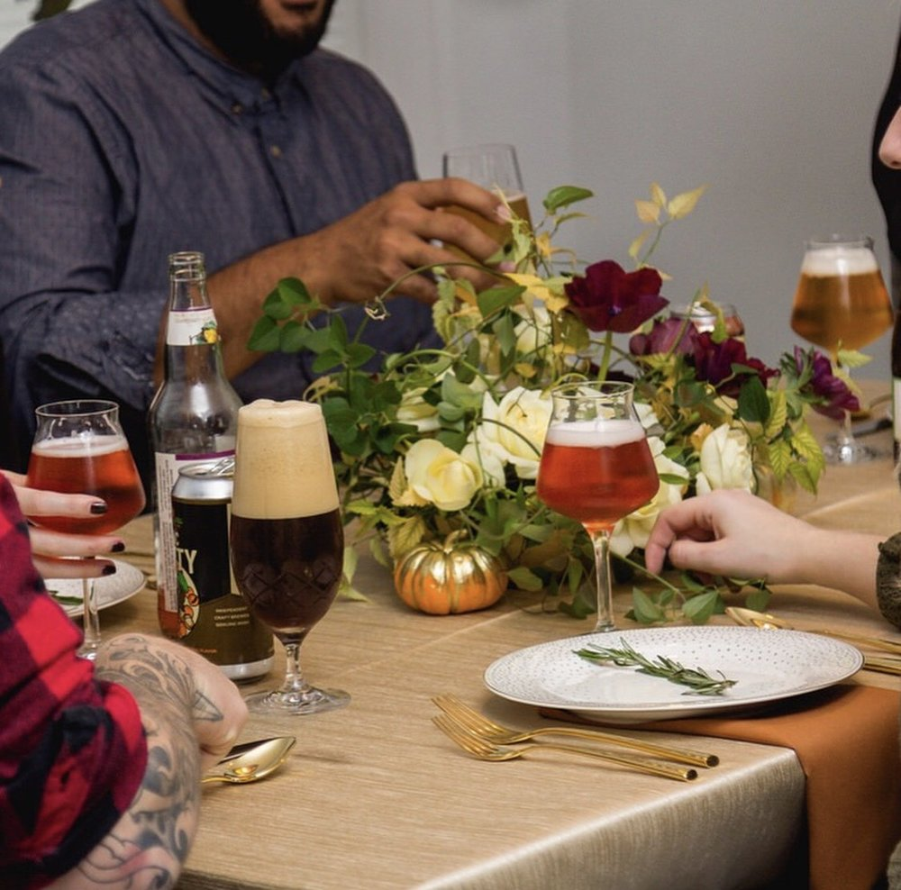 Discussion on this topic: How to Throw a Holiday Party on , how-to-throw-a-holiday-party-on/