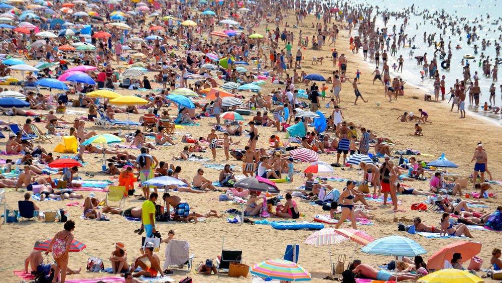 Rethink-overtourism-beach.jpg