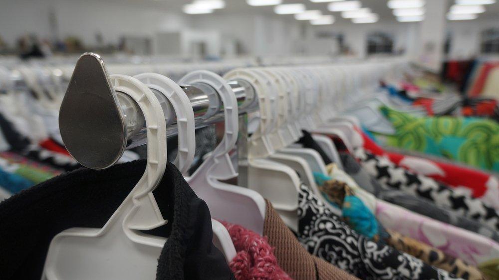 clothing-3739798_1920.jpg
