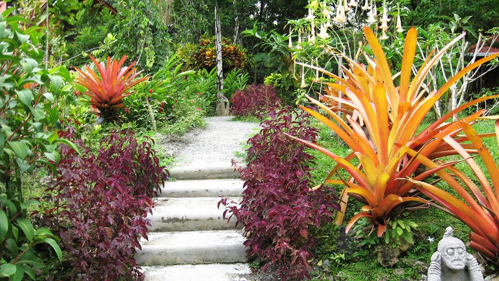 Garden entranceb.jpg