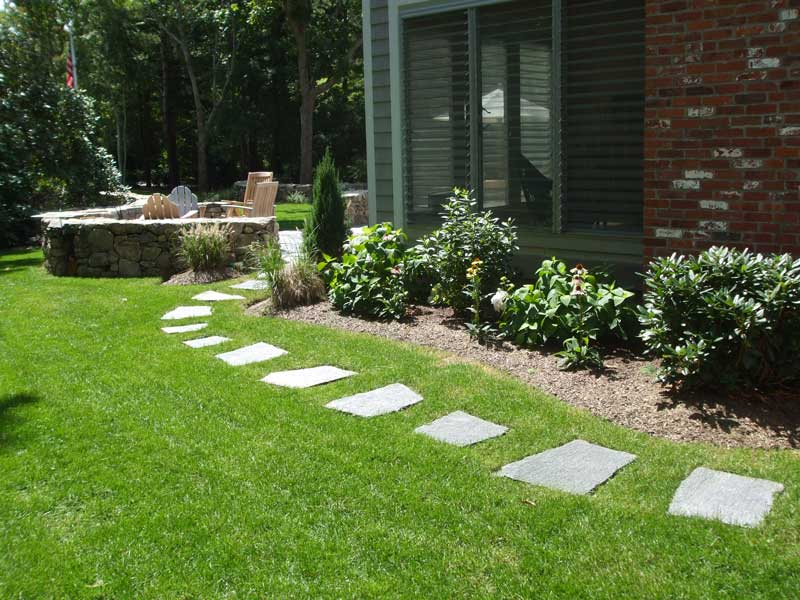 Stepping-Stone-Path-Patio-Detail.jpg