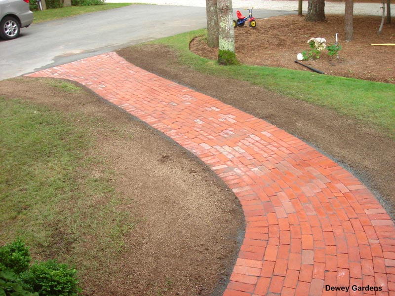 Brick-Walkway---Centerville-MA.jpg