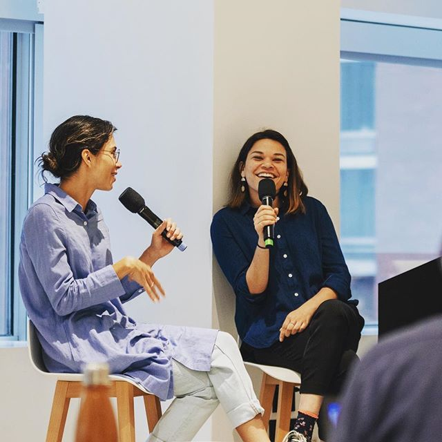 A tale of two Brillharts: Vrai logo designer @jennabril in conversation with @jessicabrillhart at @xaxis. . . . . . #fam #dynamicduo #sisters #vrai #true #real #augmentedreality #virtualreality #machinelearning #artificialintelligence #immersive #vr #ar #ai #staytrue