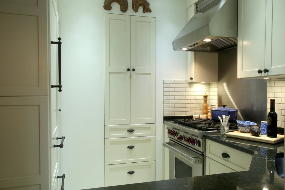 Traditional Design Compact Classic Kitchen — Atmosphere Kitchen & Bath