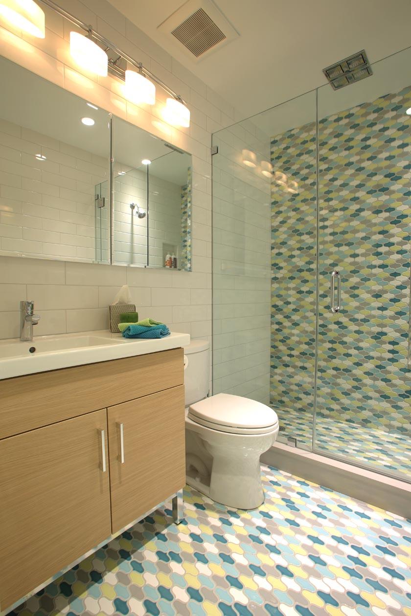 3_full_bathroom.jpg