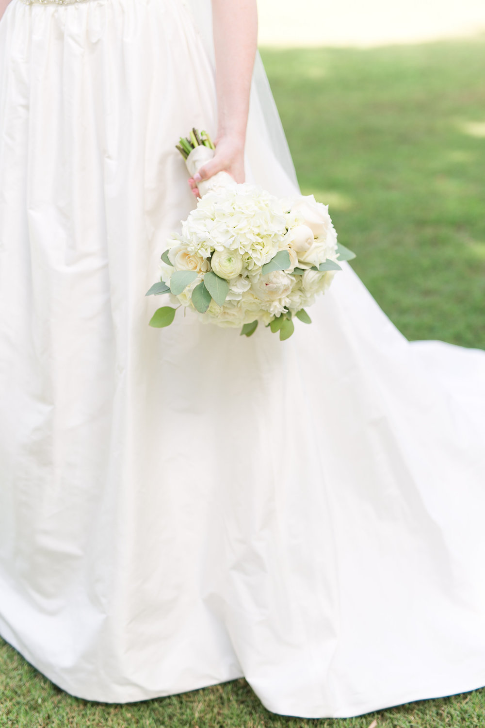 MEGAN CONNOR WEDDING-STYLED PREVIEW-0014.jpg