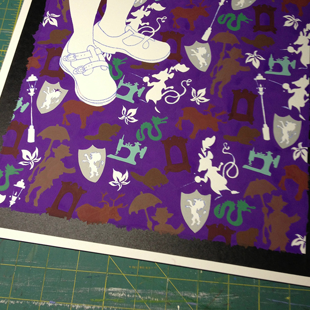 filling in the icons- one colour at a time. and of course leaving the feet for last!