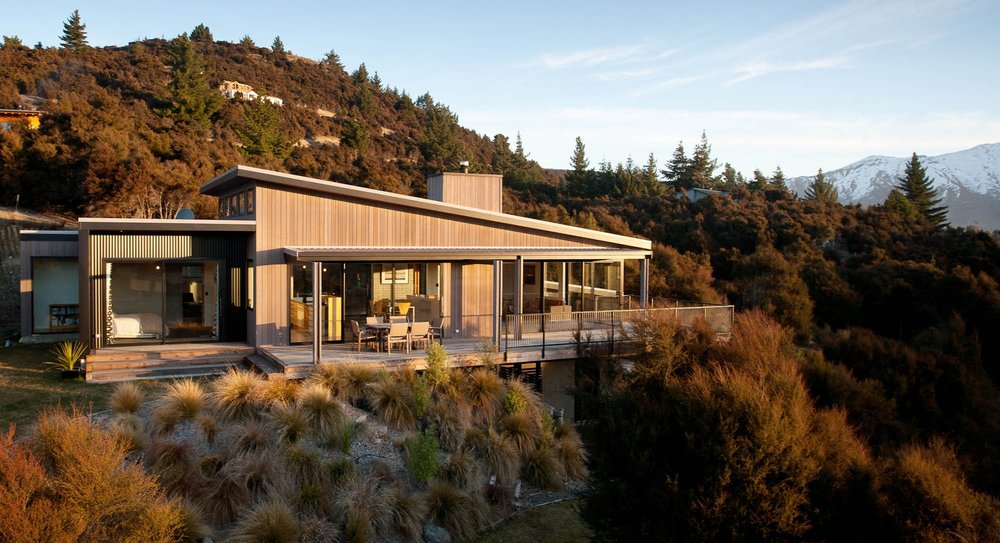http://architecturenow.co.nz/articles/wanaka-house-by-eliska-lewis-architects/