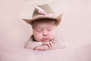 Harrisonburg Newborn Photographer 11