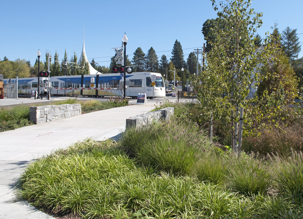 Portland_Milwaukie_Light_Rail_2.jpg