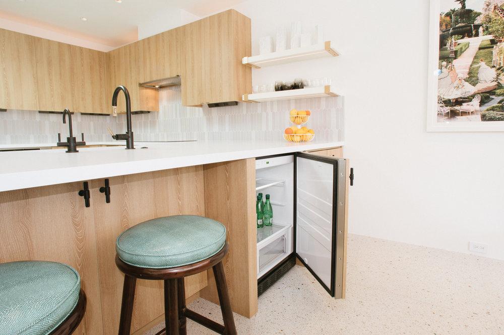 Staci-Munic-Interiors-midcentury-bungalow-kitchen-Palm-Springs.jpg