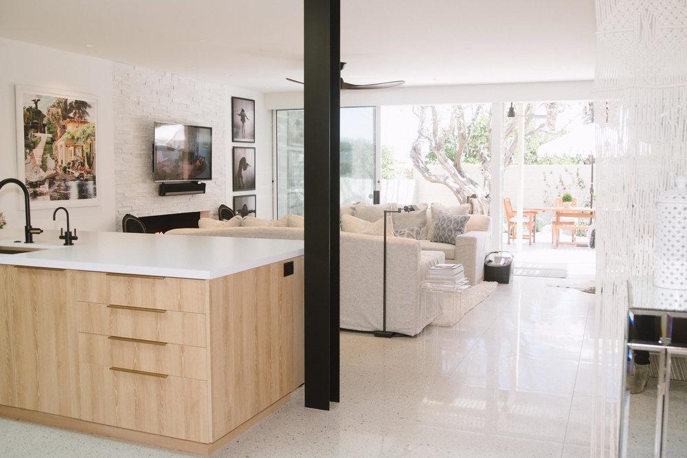 Staci-Munic-Interiors-midcentury-modern-living-room-Palm-Springs.jpg