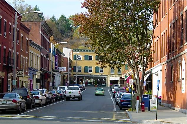 Sruti Railroad Street.png