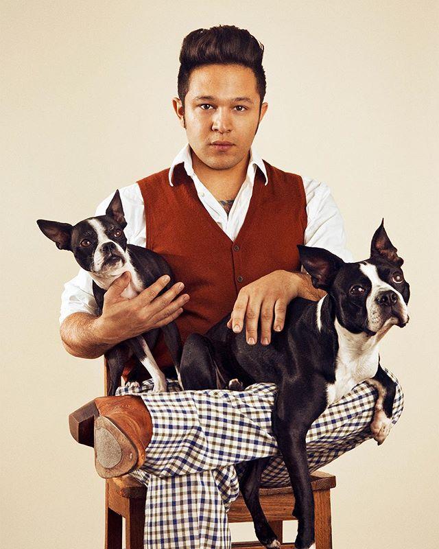 🐶 It's National Puppy Day Ya'll 🐶⠀ ⠀ #bostonterrierlove #bostonterrier #dogsofinstagram #nationalpuppyday #realpeople