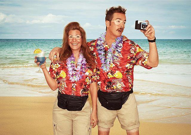 👭 The Tourists 🦋📷 ⠀⠀ ⠀⠀ ⠀ Feel the burn? ⠀ ⠀⠀ ⠀⠀ #portraits #environmentalportraiture #createinspire #tourists #beachday #postcards #vacation #tanline