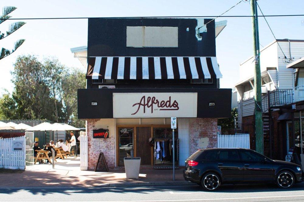 Alfreds Diner - Mermaid project.jpg