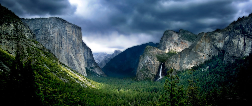 YosemiteValleyAbove.jpg