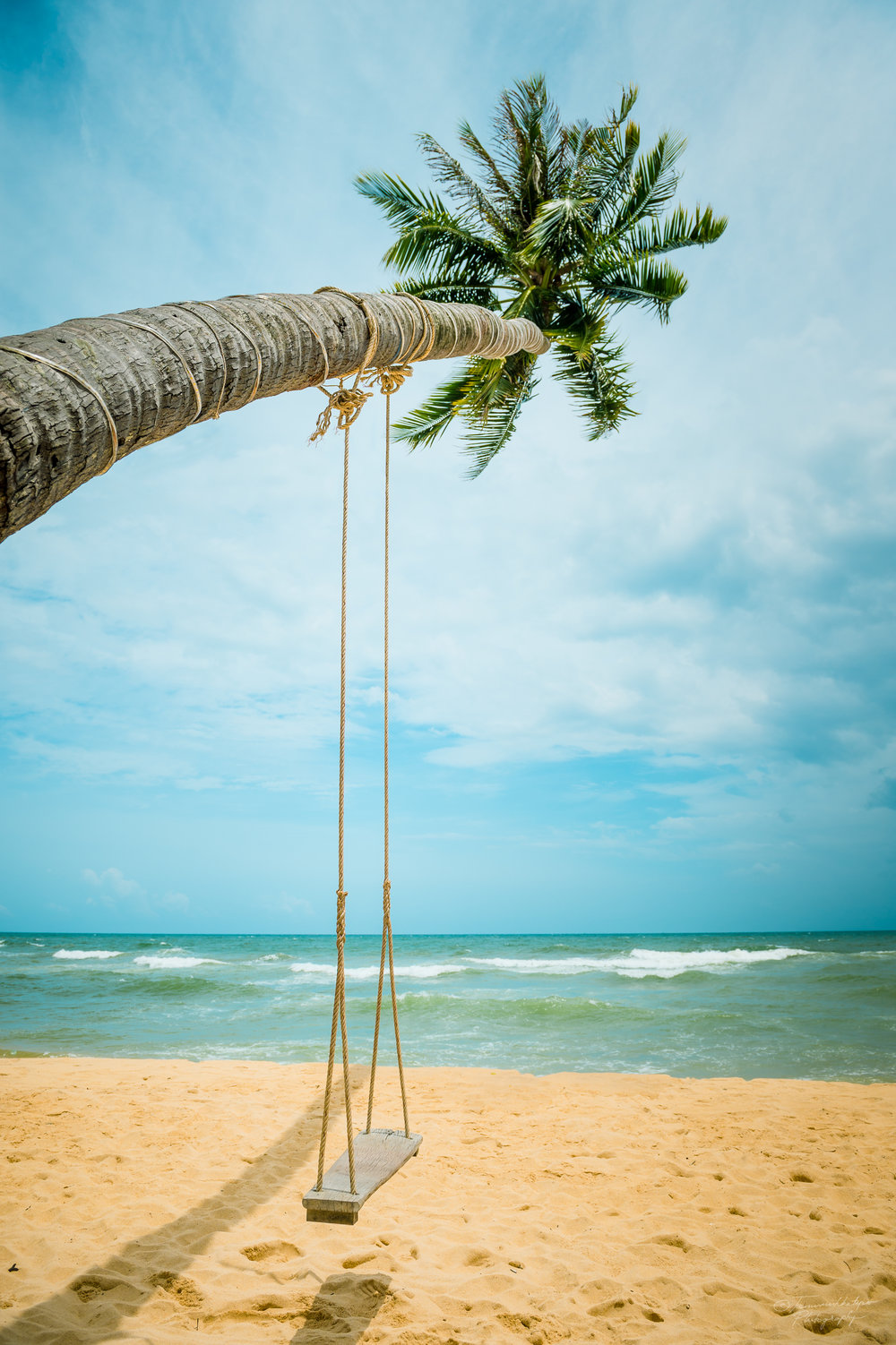 A Swinging beach