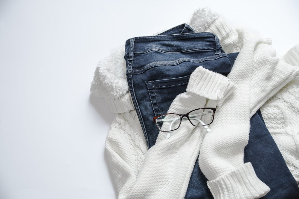 Is your closet in desperate need of a clean out? - Not sure where to start? We share our pro tips that we use in our clients homes here. Got questions or need some professional help? E-mail us and set up a wardrobe edit session today.