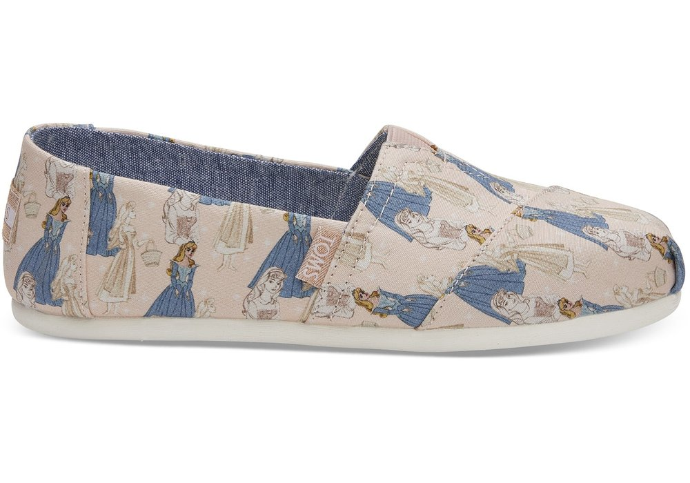 Disney X Toms - Toms has been releasing limited edition designs with original sketches from the Walt Disney vault. Toms Disney Collections are vegan and extremely comfortable, lightweight and perfect for long Disney trips.