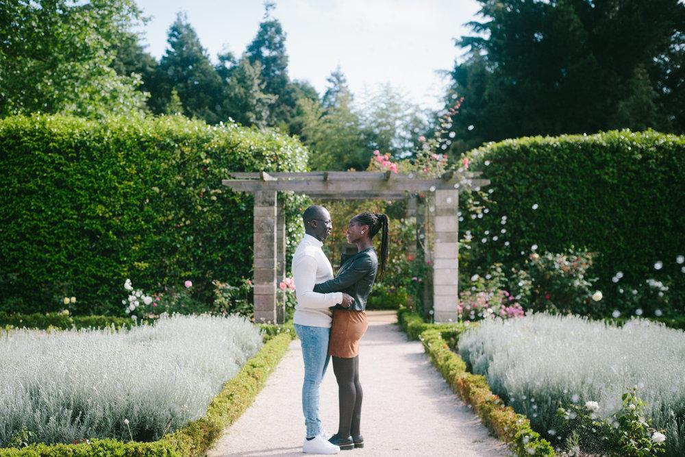 Couple Session in the Botanical Garden Porto