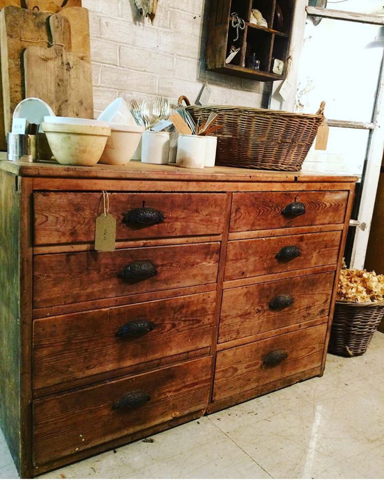 chest of drawers.jpg