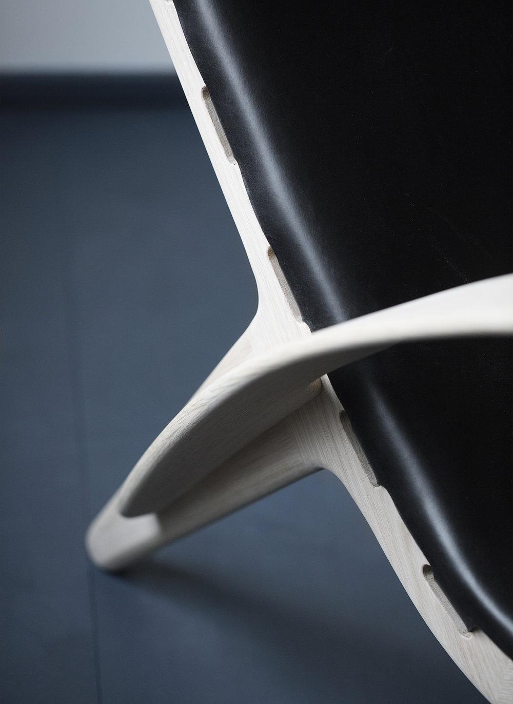 Klassik Studio King's Chair