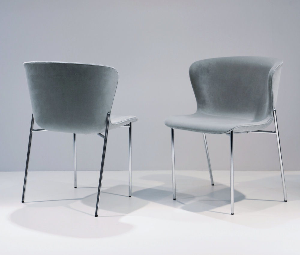 La Pipe Chairs with chrome base