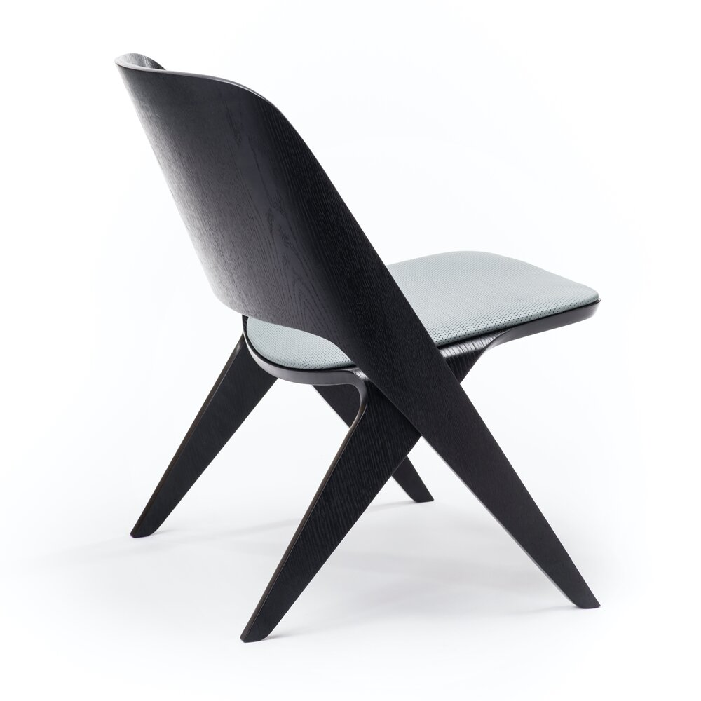 Poiat Lavitta Lounge - Black with Seat Upholstery