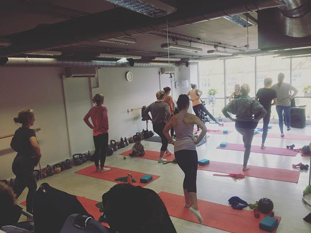 A lovely #pilates #class this morning. Come with or without babies like some of the women do. You will still get a great workout. Every Monday 10.30-11.30am.