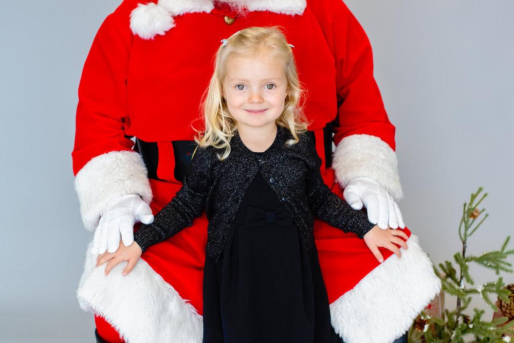 Santa-Edie&Elijah-6.jpg