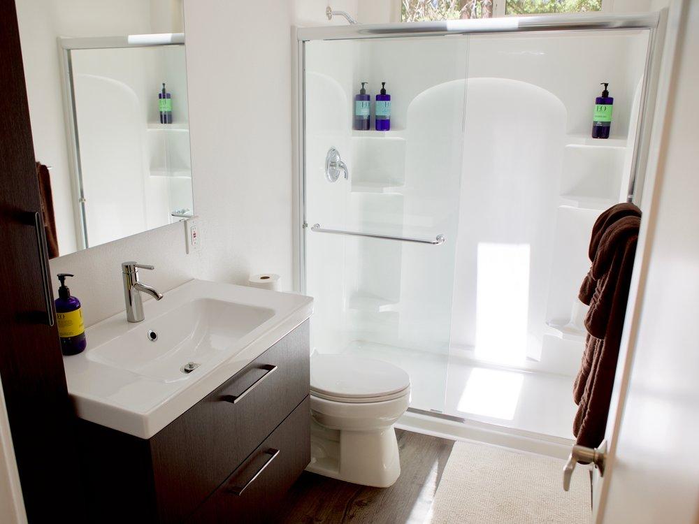 Mandala Springs Kelsey Lodge Bathroom