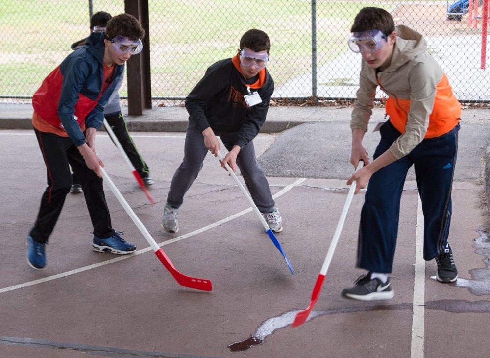 floorhockeyaction.jpg