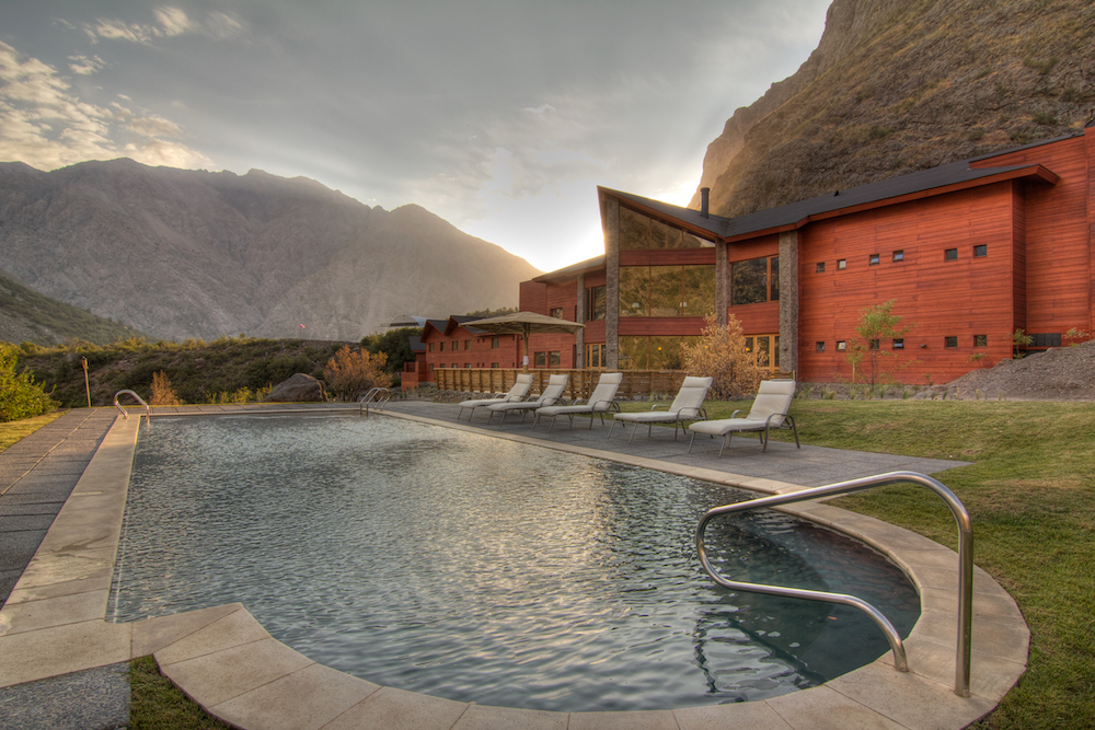 NOI Puma Lodge - Pool - Summer Outdoor 1.jpg