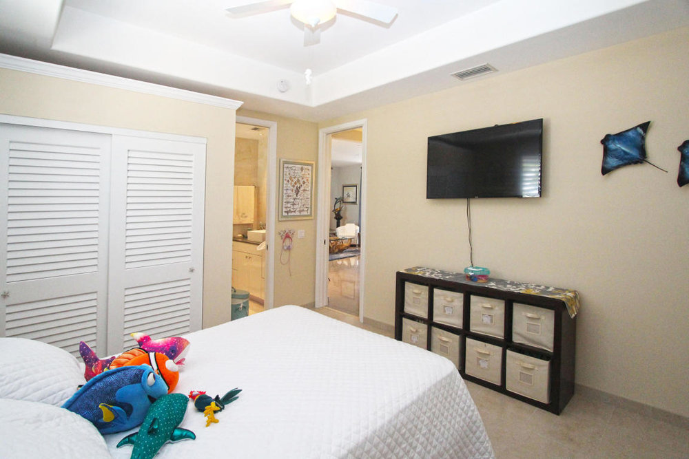 room 1 - 3.jpg