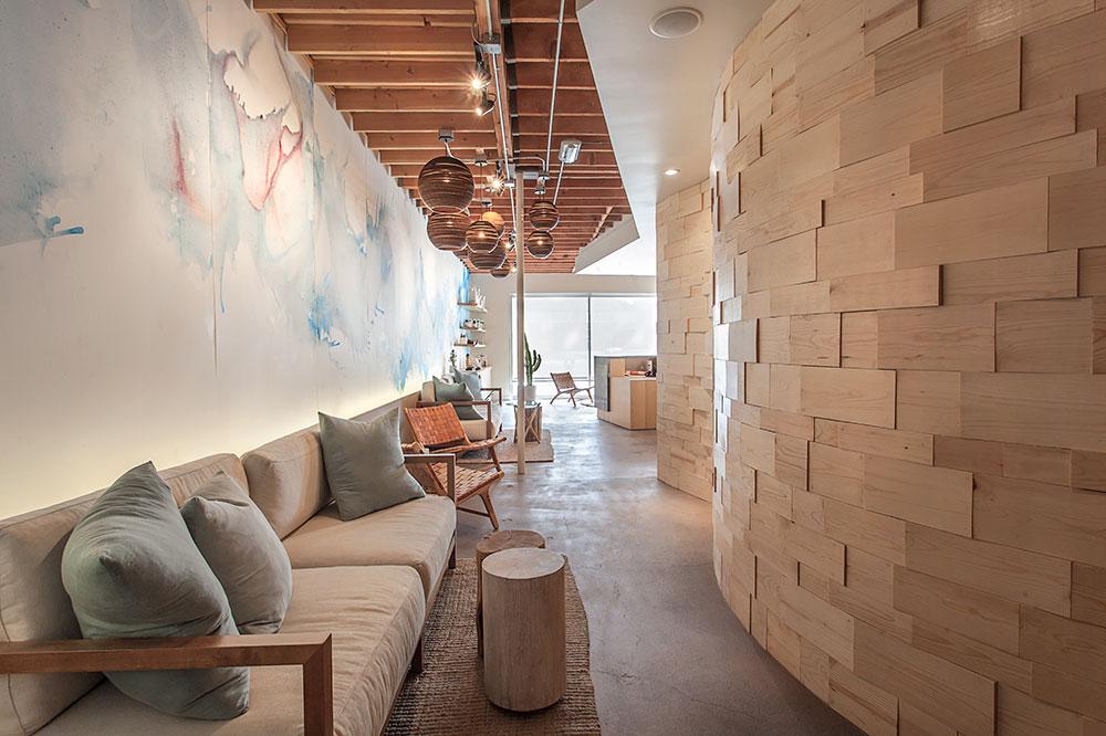 Pause Float Studio Lounge