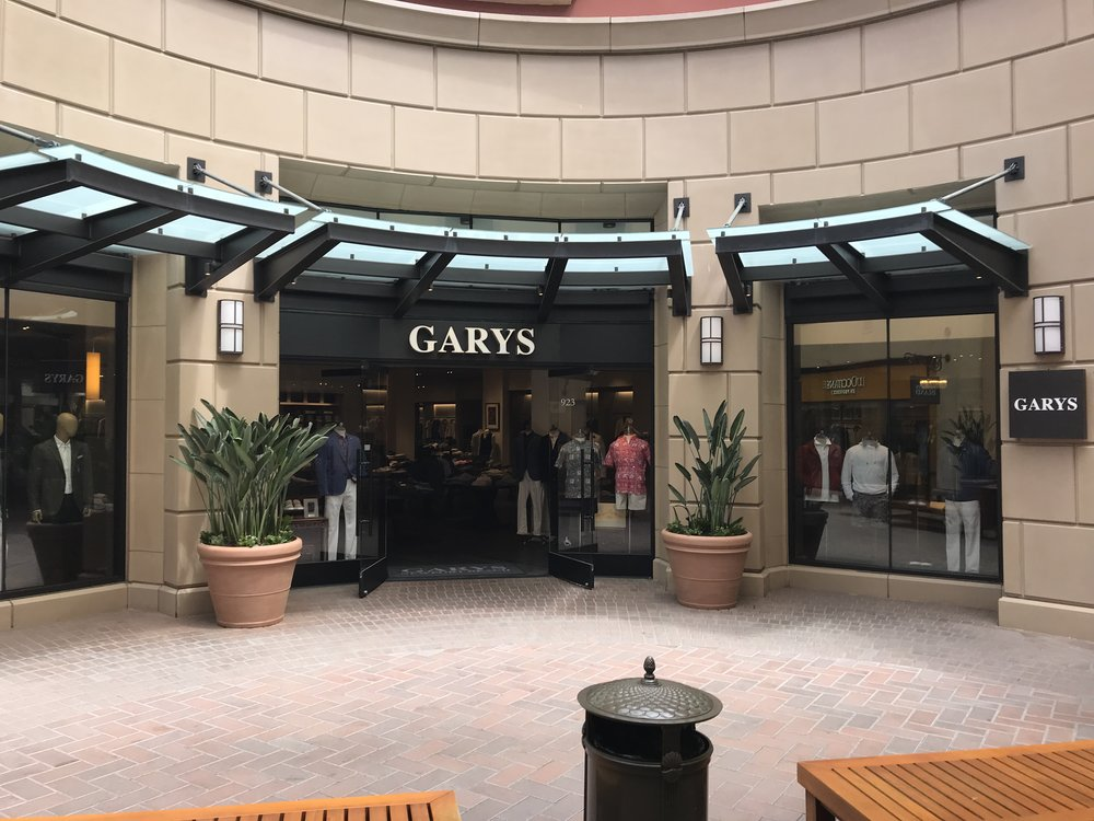 Gary's - Fashion Island - Custom Woodwork & Framed ENTRANCEWAY