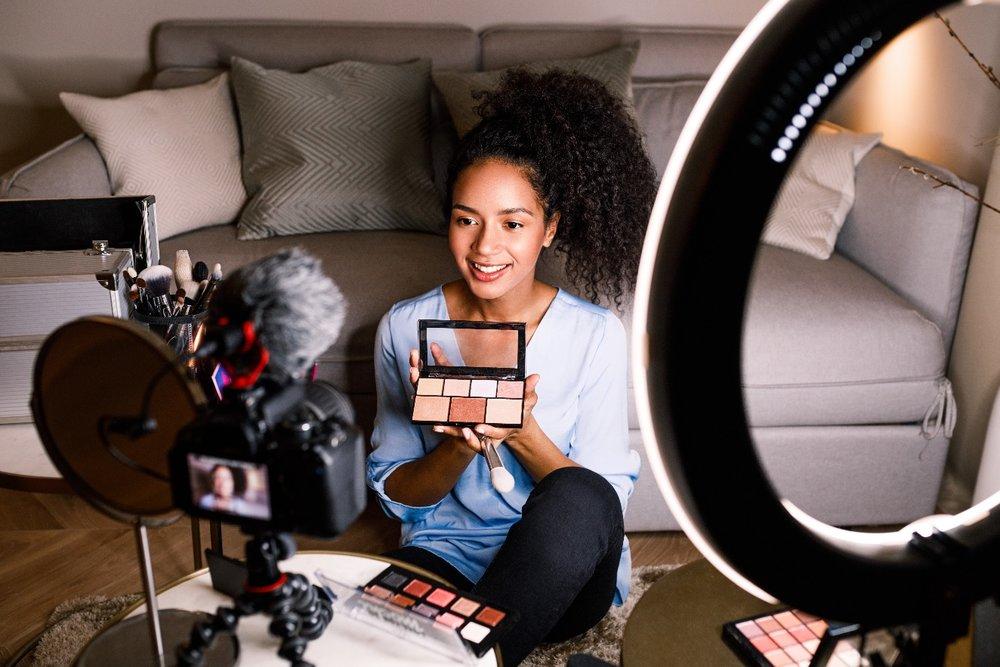 Beauty Vlogger.jpg