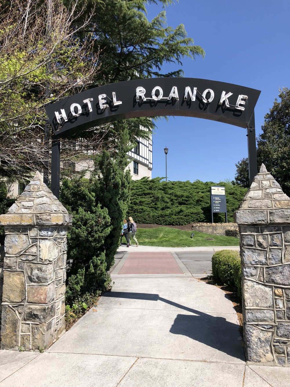 The entrance to Hotel Roanoke