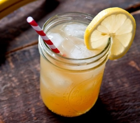Moonshine_Mule_-_Whisky_River_@_RDU_-_HMSHost_WEB2.jpg