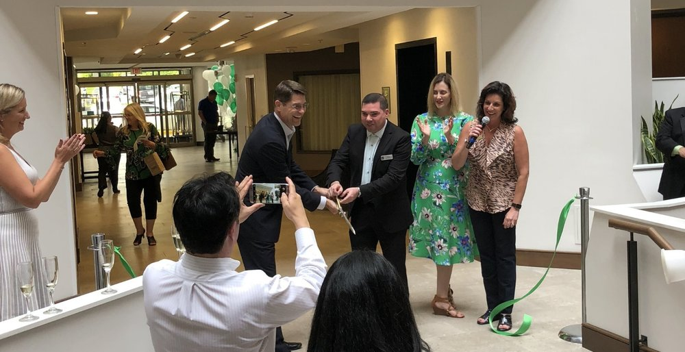 Alan Roberts, Global Head, Embassy Suites by Hilton and Kevin Varr, General Manager, Embassy Suites by Hilton Tysons Corner at the opening ceremony ribbon cutting event.