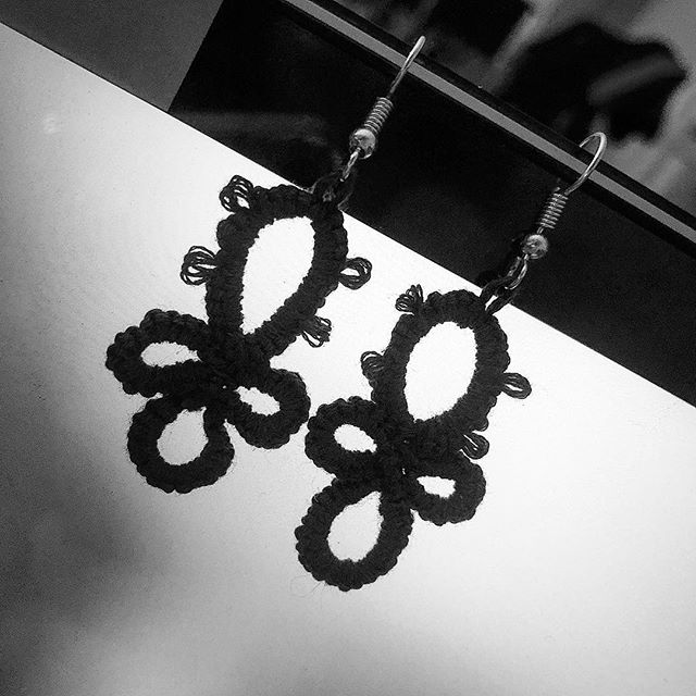 I'll be selling handmade tatted lace earrings at art market this year. . Small amount of profits will be donated for  MICA scholarships. . Come and support your local artists on December 6-9 ! #baltimore #artist #event #baltimoreevents #maryland #jewelry #fiber #lace #textile #art #design #photography #illustration #prints #blackandwhite #fashion