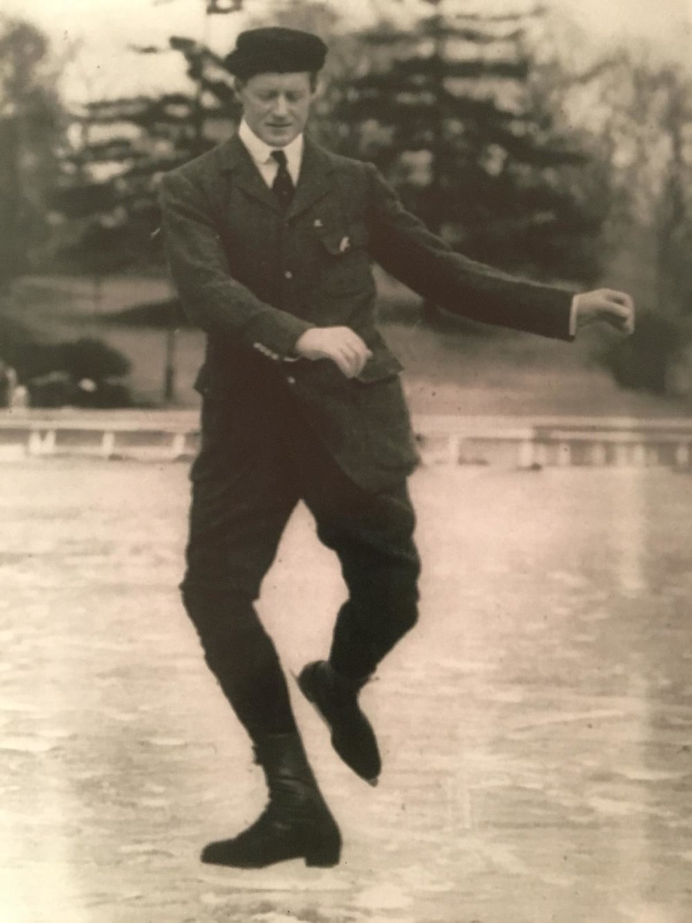 Image tirée de The Art Of Skating, Irving Brokaw