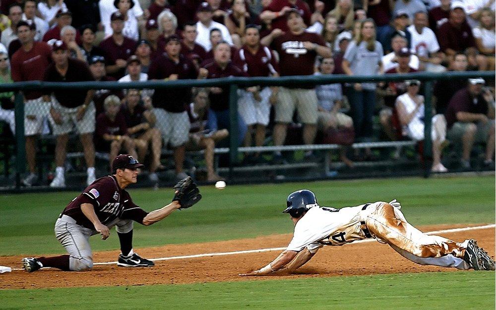 baseball-1449351_1280.jpg