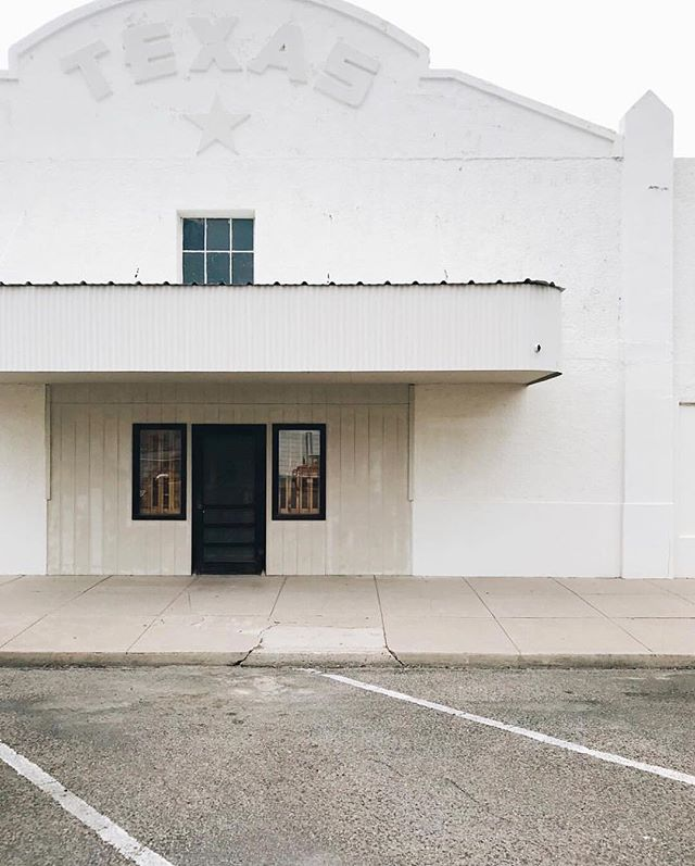 Back to work after the long weekend and we find ourselves once again dreaming of Marfa. 📷 @gianashorthouse #cherrycult #meetusinmarfa