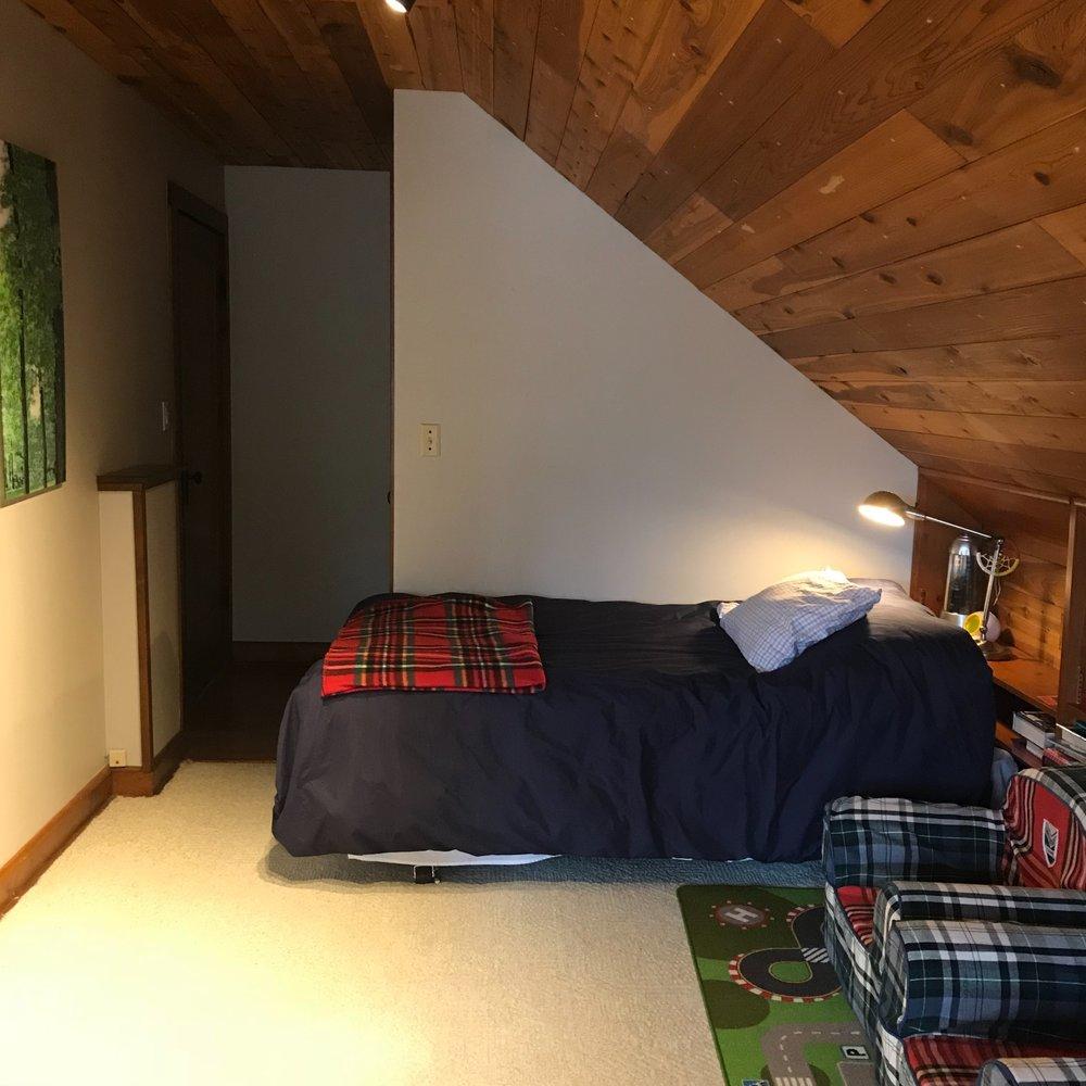 bedroom_2b.jpg