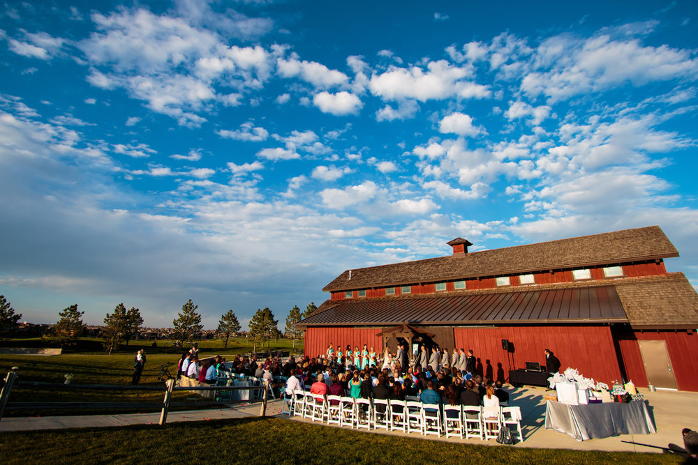 big-red-barn-highland-meadows-wedding-golfcourse-windsor046.jpg