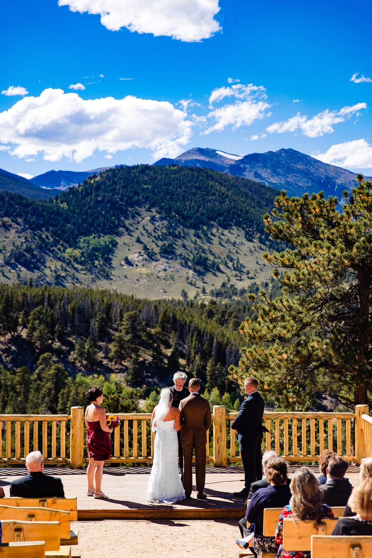 ymca-of-the-rockies-wedding-estes-park-014.jpg